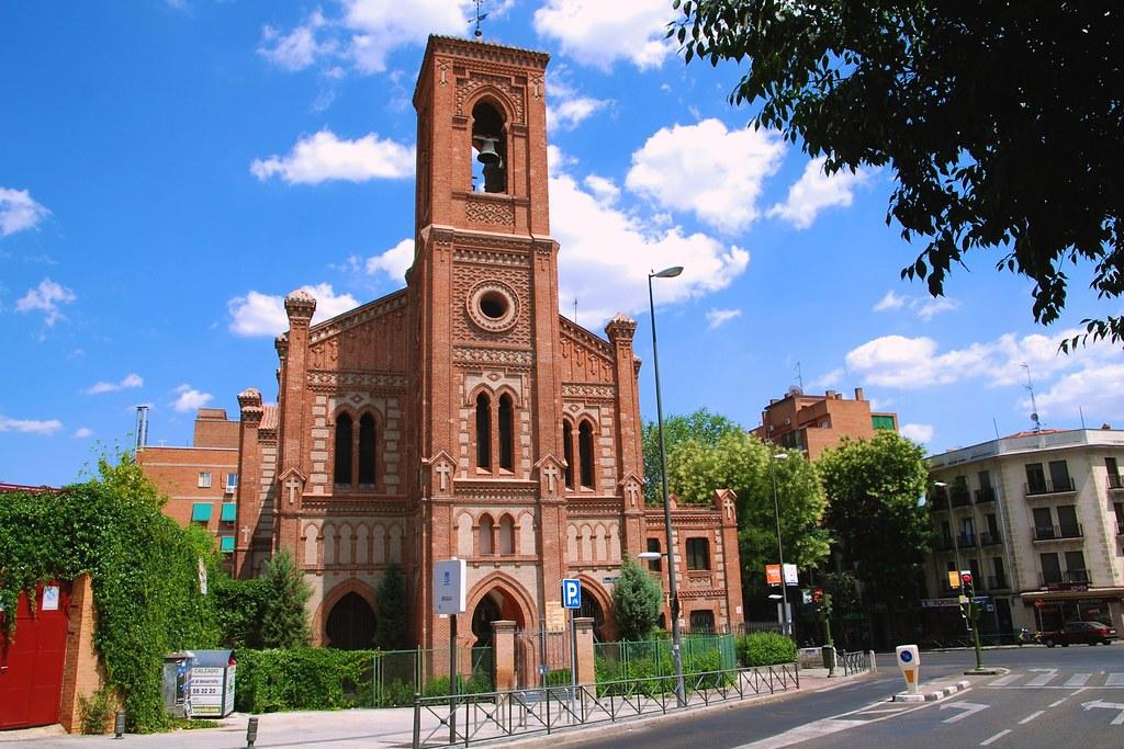 Iglesia de santa cristina plaza de la puerta del angel m - Inem puerta del angel ...