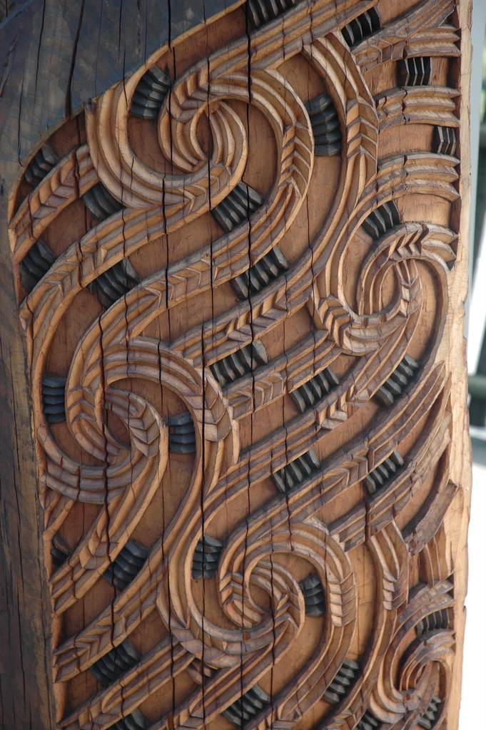 Maori carving carvings from the te puia and
