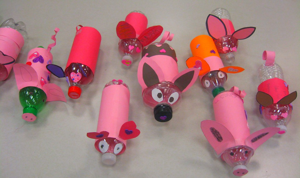 Piggy bank collection summer readers recycle drink for Piggy bank craft