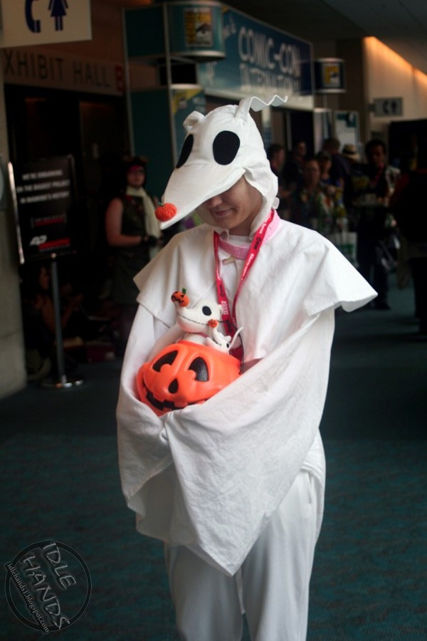 sdcc costumes 070- Zero from Nightmare Before Christmas | Flickr