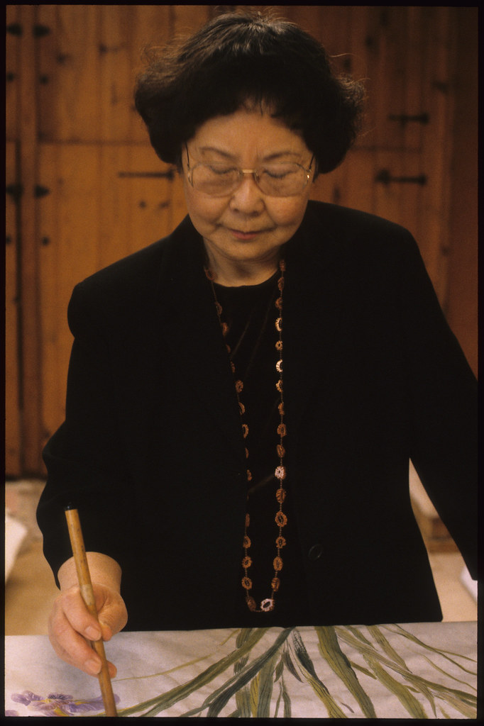 Lucy Liu Chinese Brush Painter And Calligrapher Seattle