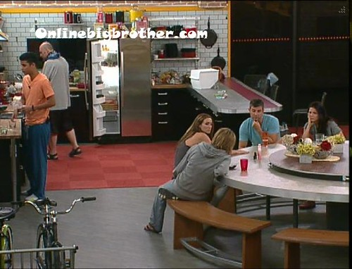 BB13-C4-7-8-2011-4_38_34.jpg | by onlinebigbrother.com