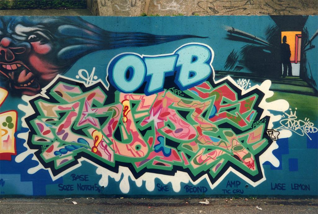 The Bronx Spray Paint