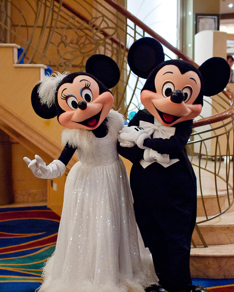 Disney Goofy Wedding Cake Topper