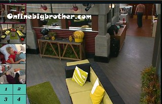 BB13-C2-7-28-2011-11_17_23.jpg | by onlinebigbrother.com