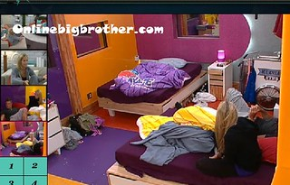 BB13-C4-8-1-2011-12_39_37.jpg | by onlinebigbrother.com