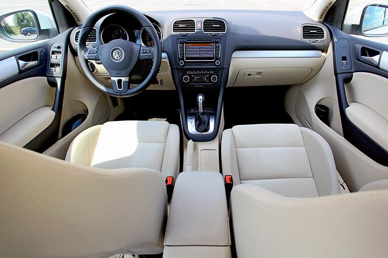 Volkswagen Golf Mk6 TSI DSG Highline interior by UltraONE | Flickr