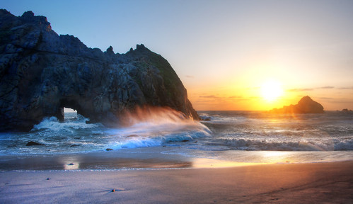 Big Sur Sunset | by Stuck in Customs