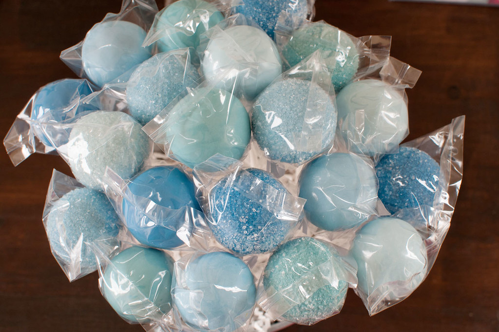 Quot Under The Sea Quot Cake Pops Shades Of Blue Cake Pops To