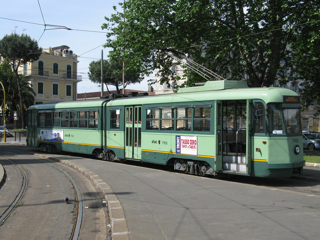 Atac stanga class 7000 series tram no 7103 porta maggior for Roma mobile atac
