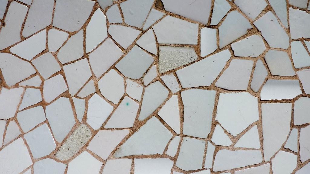 Trencadis trencadís | antoni gaudí's la pedrera. detail of the trencad… | flickr