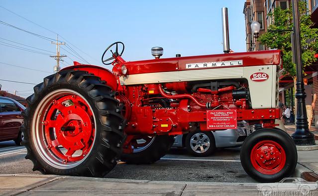 Farmall 560 Tractor : Farmall tractor flickr photo sharing