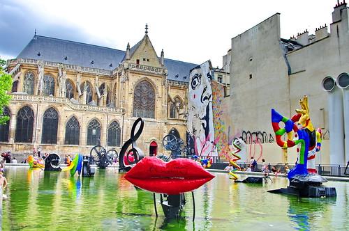 Paris beaubourg 203 glise saint merri sculptures de ting flickr - Fontaine beaubourg niki de saint phalle ...