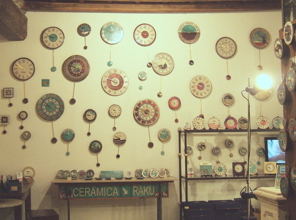 Ceramica Raku, Clock Store in Rome | Kristina Jovanovic | Flickr