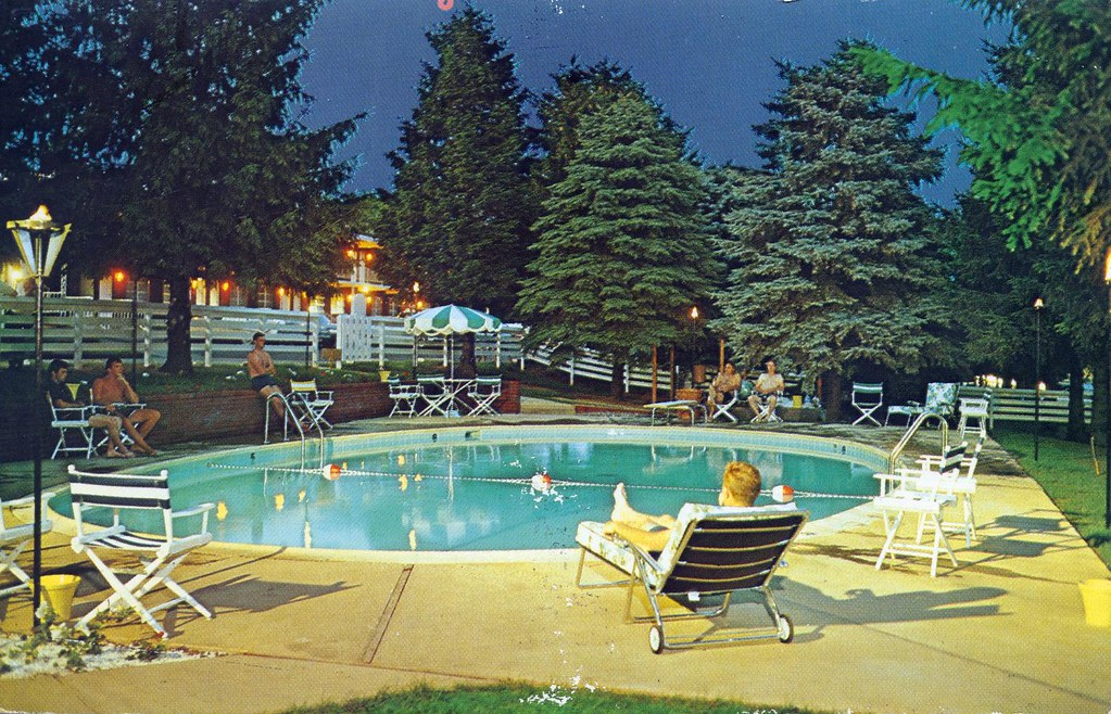 Gaslight Swimming Pool Autoport Motel State College Pa