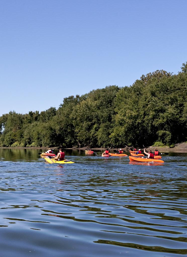 Kayaking on the susquehanna river runs through both for Susquehanna river fishing