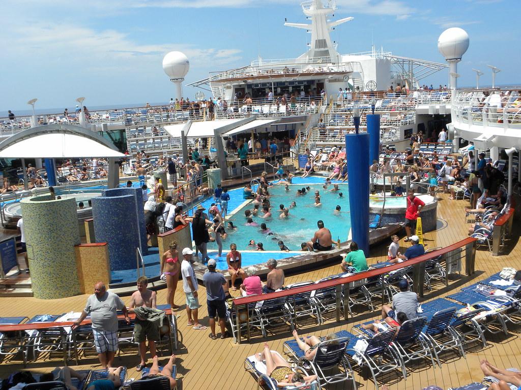 Explorer Of The Seas Pool Deck Slgckgc Flickr