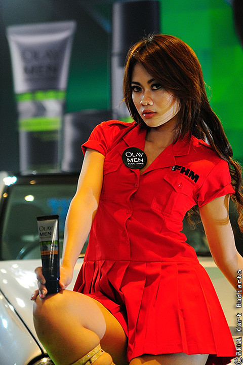 Red Hot Spicy Hot Asian Fhm Model  A Famous Half -7303