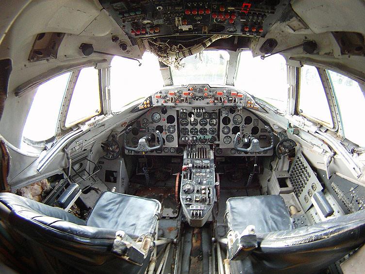 vickers viscount v 816 cockpit