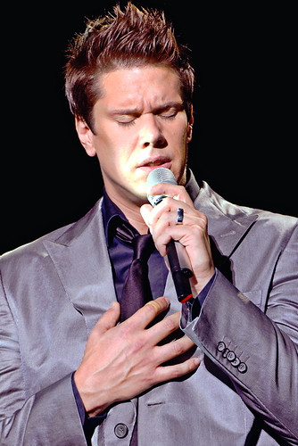 David miller of il divo in concert an evening with il - Il divo david miller ...