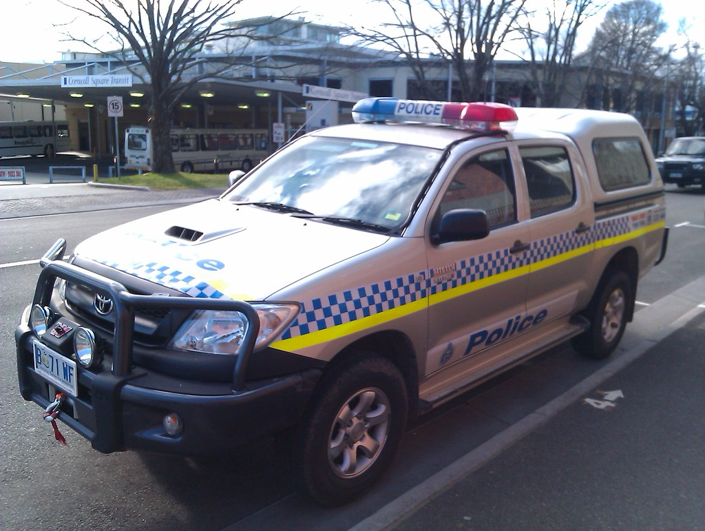 Tasmania Police Toyota Hilux In Addition To The Roof