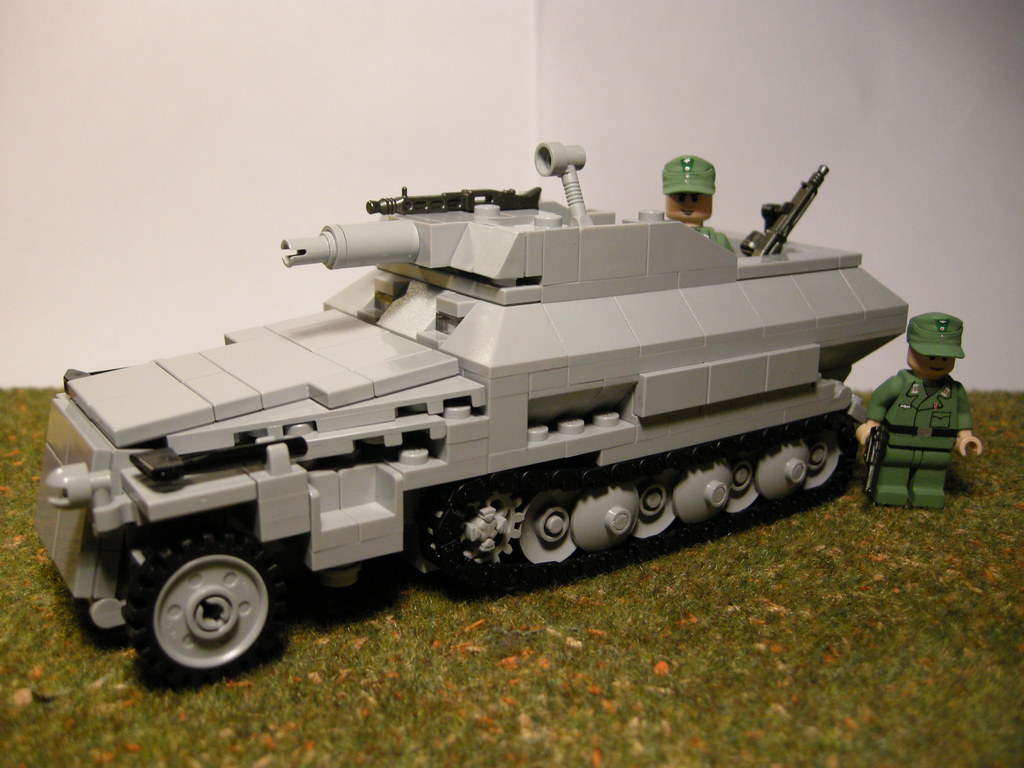 Sdkfz 2519 Ausf C Stummel Lego Equipped With A 75 Mm Flickr