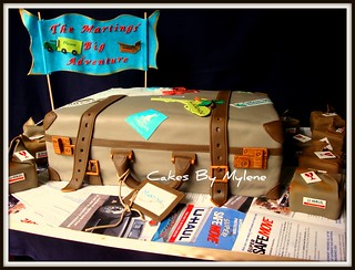 Suitcase | by Cakes By Mylene