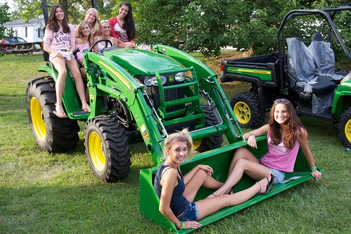 John Deere Babes : Rcs john deere fair girls for video see