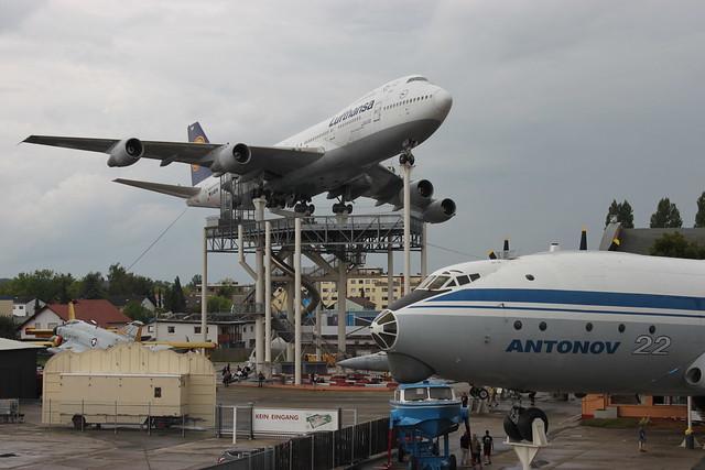 Fluggiganten im Museum Speyer