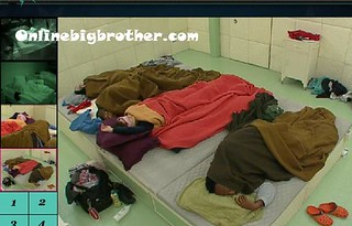 BB13-C4-8-1-2011-7_12_23.jpg | by onlinebigbrother.com