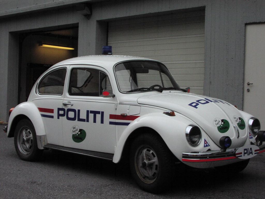 Norwegian Old VW Beetle Police | New color | Roar K | Flickr