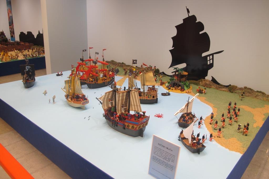 Barco pirata de playmobil diorama del barco pirata de for Barco pirata playmobil