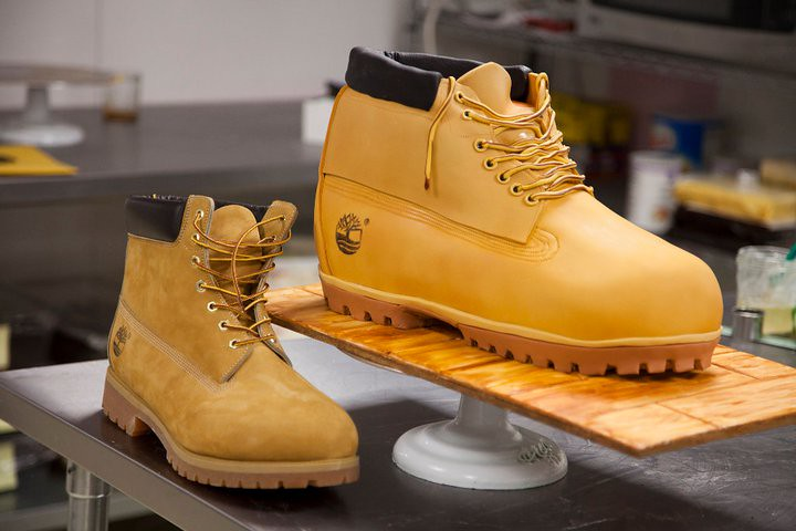 Timberland Sculpted Boot Cake | Sculpted cake based on a ... Timberland