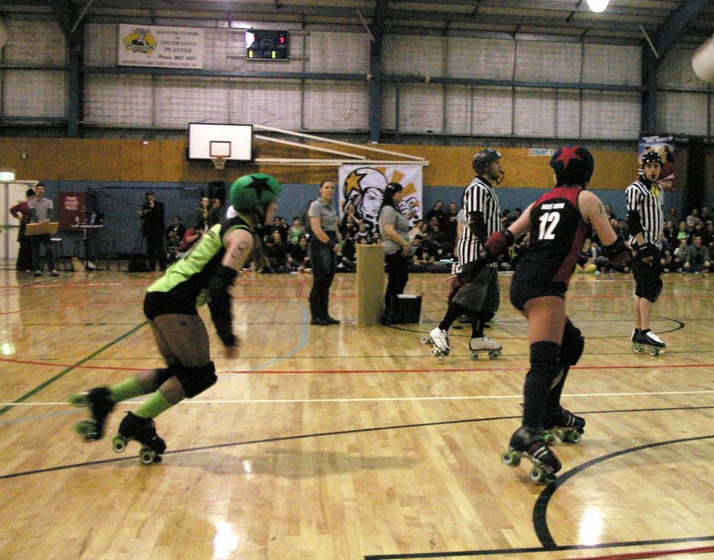 Roller skates queensland -  Polly Cracker 8 Vandals And Rose Ruin 12 Defiants