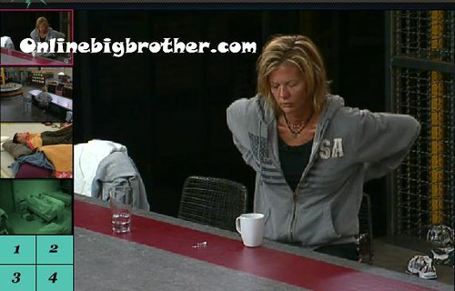 BB13-C2-7-28-2011-8_07_23.jpg | by onlinebigbrother.com