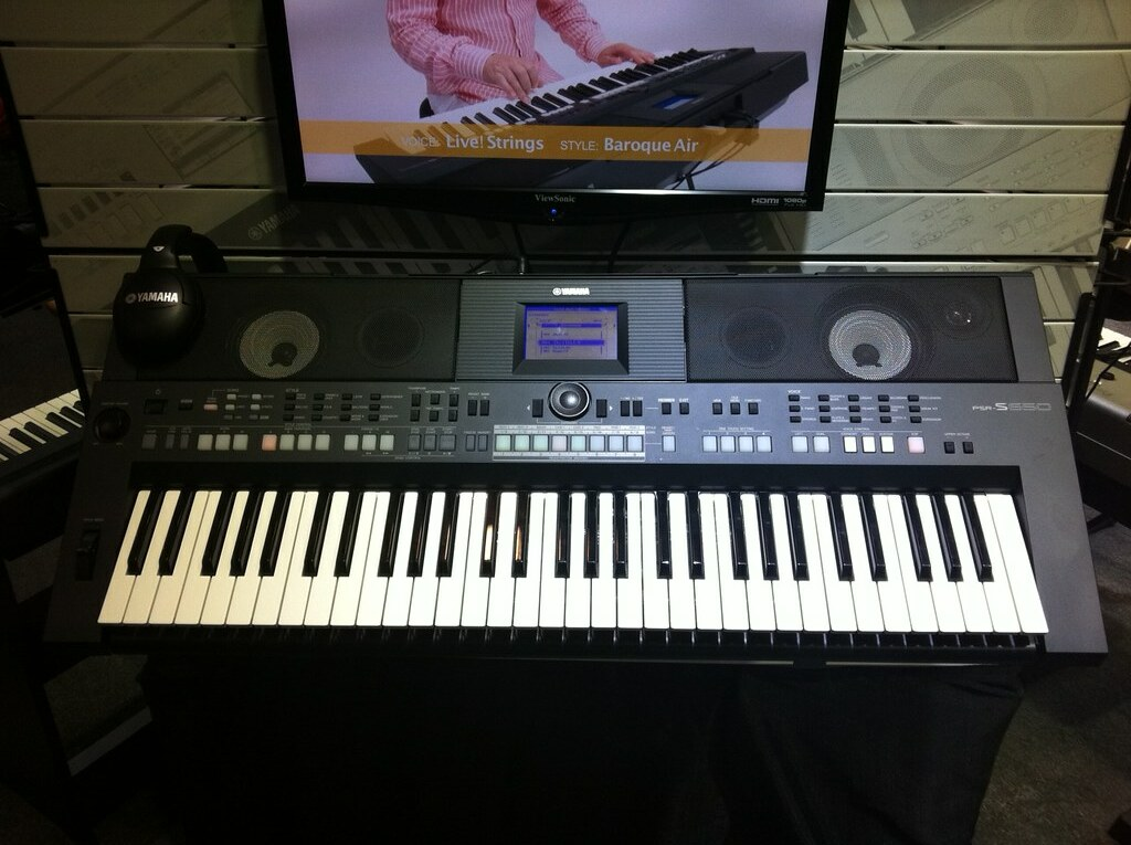 new from yamaha psr s650 home keyboard namm theyamahah. Black Bedroom Furniture Sets. Home Design Ideas