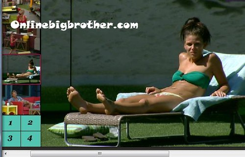 BB13-C3-8-2-2011-3_24_44.jpg | by onlinebigbrother.com
