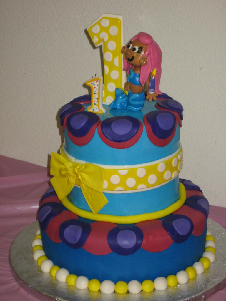 Phenomenal Bubble Guppies Madisons First Birthday Cake Deb Sheppard Flickr Funny Birthday Cards Online Hetedamsfinfo