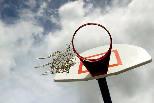 basketball hoop | by CubesAndPiii