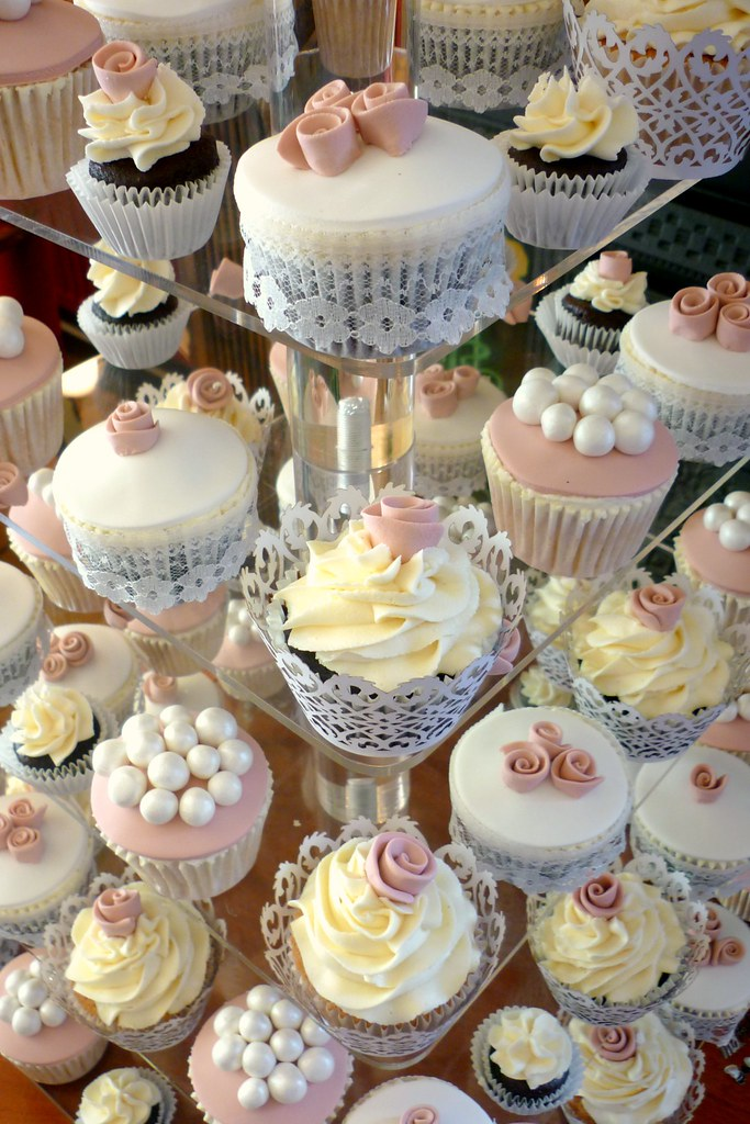 Vintage Dusky Rose Wedding Cupcakes This Is A Lovely Set