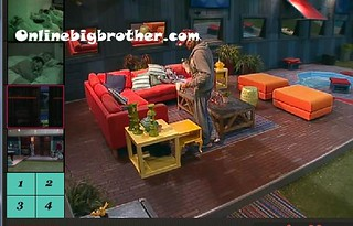 BB13-C3-8-8-2011-3_12_42.jpg | by onlinebigbrother.com