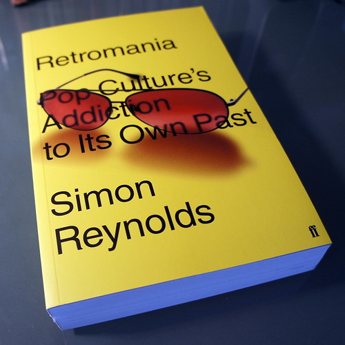 on my desk # 72 : simon reynolds - retromania | by japanese forms