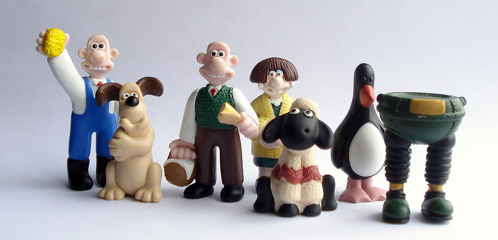 Wallace And Gromit Toys : Wallace gromit figures official