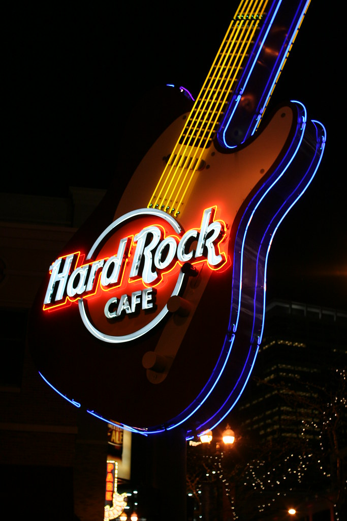 hard rock cafe guitar neon sign at night in minneapolis no flickr. Black Bedroom Furniture Sets. Home Design Ideas