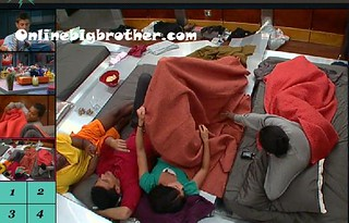 BB13-C4-7-24-2011-12_22_50.jpg | by onlinebigbrother.com