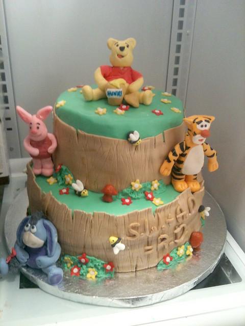winnie the pooh baby shower cake explore bluerett cakes 39 p