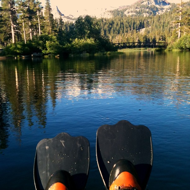 Fly fishing via float tube on twin lakes in mammoth lakes for Twin lakes fishing report