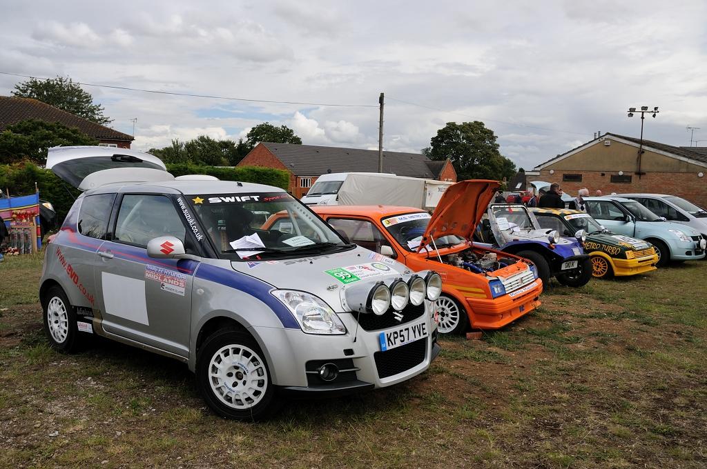 Suzuki Swift rally car and MG Metro Turbo racer | Gary Walton | Flickr
