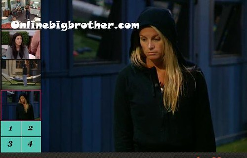 BB13-C4-8-8-2011-1_22_42.jpg | by onlinebigbrother.com