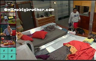 BB13-C1-8-8-2011-2_02_42.jpg | by onlinebigbrother.com